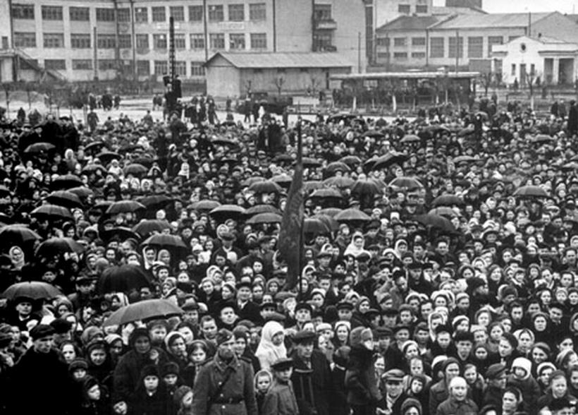 9 мая 1945 года на Уралмаше (Свердловск)/Фото: book.uraic.ru
